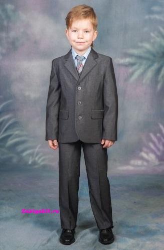 Серый костюм двойка для мальчика рост 140 Bosser